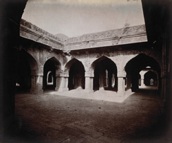 Interior court of the Kalan Masjid, Delhi